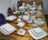 http://vkusologia.ru/posuda/dlya-restorana.html