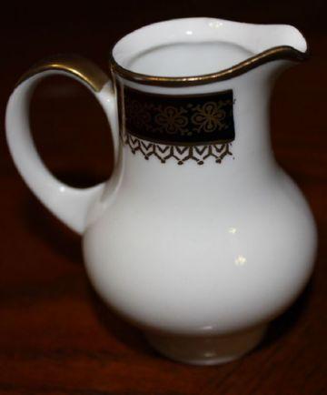 Молочник Kahla