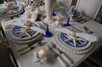 Сервировка стола в морском стиле